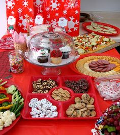 American Girl Doll Play: American Girl Doll Holiday Party