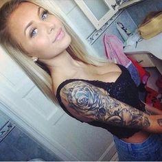 Her sleeve @tcmn #tattooedgirls #inked