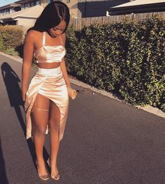 Black Girl Birthday Outfit Ideas on Stylevore Trendy Outfits, Girl Outfits, Fashion Outfits, School Outfits, Bad And Boujee Outfits, Baddie Outfits Party, Outfits For Parties, Cute Outfits For Party, Outfits For Black Girls