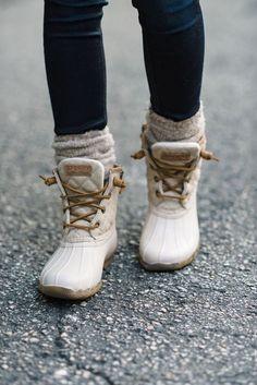 404eae87e6e 52 Snow Shoes Every Girl Should Try