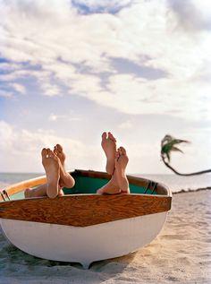 ♡ ♡ ♡ ♡ quel bonheur de se glisser dans un bateau et de faire un petit somme - #bien-être