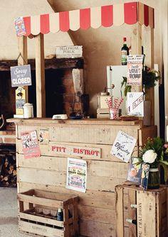 mini bistrot guinguette http://www.unbeaujour.fr/blog-mariage/category/deco-originale/musique-playlist/