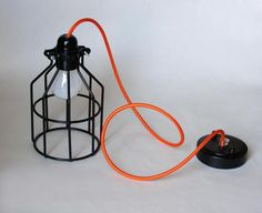Licht im Industrial Design, Draht-Käfig, mit Textilkabel // industrial light with textile cable via DaWanda.com