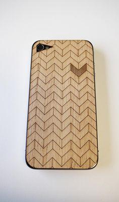 Chevron Mahogany Wood Laser Cut IPhone 4 Cover