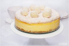İdeen Easy Cake Rafaello coconut cheesecake with pralines, Coconut Cheesecake, Chocolate Cake, Easy, Cook, Recipes, Coconut, Chocolate Candies, Bolo De Chocolate, Chocolate Cobbler