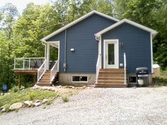 Maison à Louer - 68 CH DU LAC-AUX-BOULEAUX Ouest, Saint-Aimé-du-Lac-des-îles | Logis Québec