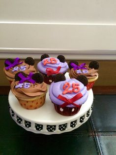 Mickey & Minnie Mouse themed Anniversary Cupcakes