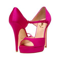 Satin peep toe shoe. Love.