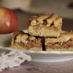 Rákóczi túrós muffin   Habzsoló Krispie Treats, Rice Krispies, Food, Essen, Meals, Rice Krispie Treats, Yemek, Eten