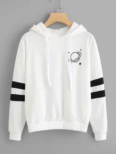 hoodie outfit school PIN AU Hoodies 20180416 E Teenage Outfits, Teen Fashion Outfits, Outfits For Teens, Summer Outfits, Fashion Dresses, Crop Top Hoodie, Cute Hoodie, Sweatshirt Outfit, Hoodie Dress