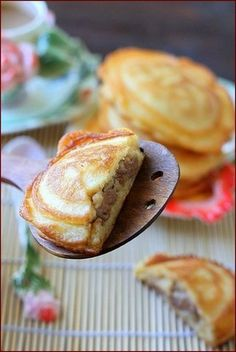 This is a nice pancake #recipe. Minced meat is added and there is no sugar. very delicious
