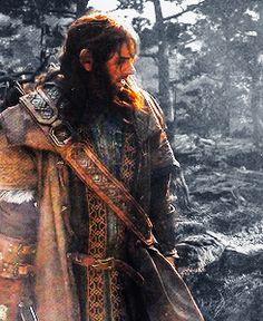 """ theladyarwen: something with Kili "" Fili Und Kili, Kili And Tauriel, Bilbo Baggins, Thorin Oakenshield, Hobbit Films, Lotr, Aidan Turner Poldark, Jrr Tolkien, Thranduil"