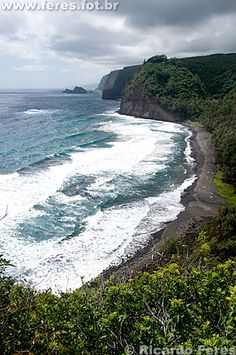 Big Island, Hawaii - my family totally hiked down to this black beach- amazing! and the 1 day I wore white shorts. <3