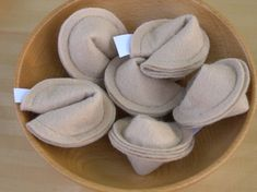 Felt fortune cookies - great way to make someone's day (or their tomorrow)