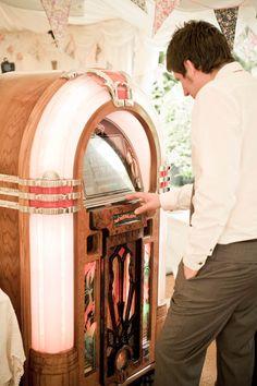 jukebox at wedding. but only if its the jukebox 50s Wedding, Tea Party Wedding, Magical Wedding, Wedding Music, Wedding Trends, Dream Wedding, Wedding Ideas, Paris Wedding, Wedding Stuff
