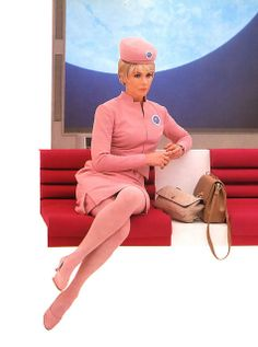Pan-Am stewardess - 1968 in 2001 a space odyssey Stanley Kubrick, Pin Up, Airline Uniforms, 2001 A Space Odyssey, Retro Futurism, Flight Attendant, Glamour, Up Girl, Mode Style