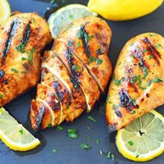 The Best Chicken Marinade Recipe makes the juiciest and flavorful grilled chicken. How to make the perfect grilled chicken. Easy French Bread Recipe, Easy Bread Recipes, Cookie Recipes, Chicken Marinade Recipes, Chicken Marinades, Levain Bakery, Salted Caramel Cookies, Best Pumpkin Pie, Homemade Garlic Butter