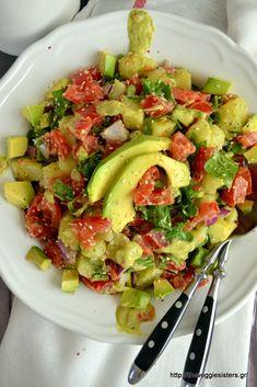Salad Bar, Cobb Salad, Greek Desserts, Guacamole, Potato Salad, Healthy Recipes, Healthy Foods, Potatoes, Lunch