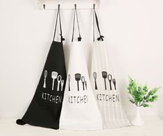 Unisex Cotton Kitchen Apron //Price: $9.95 & FREE Shipping //     #cooks #cooklife #servers #kitchens #handmade #vintage