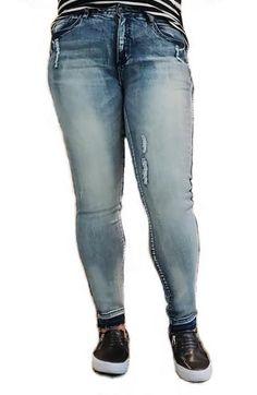 Uusimmassa blogipostuksessa Inkan päällä nähdään nämä farkut! - ootd.fi   #pluskoot #isotkoot #naistenvaatteet #muoti #vaatteet #fatshion #ootdfinland #curvyfashion #sizediversity #plussizefashion #suomi Ootd, Ps, Outfit Of The Day, Skinny Jeans, Outfits, Fashion, Today's Outfit, Moda, Suits