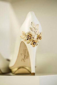 Bellossoms white wedding heels with gold leaf embellishment #wedding #shoes