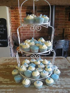 Cupcakes set up at venue. Unfortunately it wasn't the sort of venue that has tablecloths but was still pretty happy with them. Christening Cupcakes, Baptism Cookies, Gardner Cake, Mini Cakes, Cupcake Cakes, Cupcakes Design, Dedication Ideas, Baptism Decorations, Cupcakes For Boys