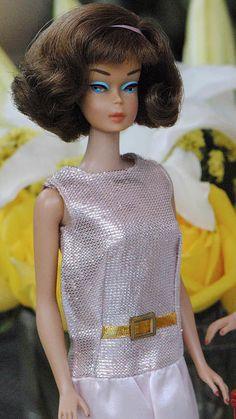 "American Girl Side Part Barbie In ""Dressed Up"" Play Barbie, Barbie World, Barbie Dress, Barbie And Ken, Girl Barbie, Barbie Style, Pink Dress, Vintage Barbie Clothes, Vintage Dolls"