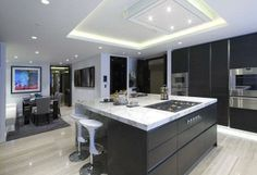 9 bedroom penthouse for sale in St James's Park, London, - Rightmove. Grey Kitchen Cabinets, Kitchen Reno, Kitchen Design, Penthouse For Sale, Kitchen Utilities, Eclectic Kitchen, Kitchen Installation, Kitchen Gallery, Property For Sale