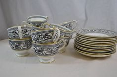 Wedgewood Florentine Set of Tea Cups & Saucers Dragon Pattern Gold Gilding