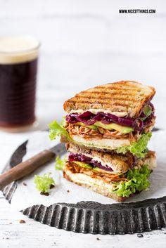 Veganes Pulled Pork: Jackfruit Sandwiches