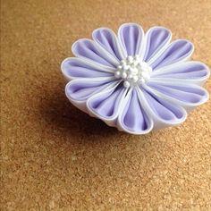 薄紫の帯留め - 鳥待月