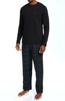 d03a3fb320f Tommy Hilfiger Men s Cactus Green Plaid Pajama Gift Set with Long Sleeve  Tee