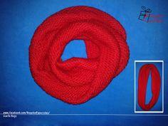 Cuello rojo con punto del revés. Perfecto para protegerse del frío.  www.facebook.com/RegalosEspeciales/