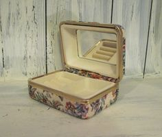 Vintage tapestry shell small jewelry box with golden color trim and mirror inside 4 inches X 3 inches 2 inches deep Girls Jewelry Box, Small Jewelry Box, Altered Tins, Golden Color, Enchanted, Women's Accessories, Shells, Vintage Jewelry, Christmas Gifts