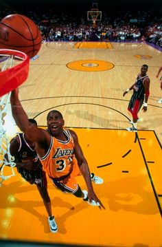 Magic Johnson, para muchos el mejor base de todos los tiempos en la NBA.