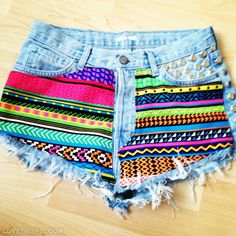 Cute cut off diy shorts girly pretty shorts diy diy crafts do it yourself diy art diy tips diy ideas cute shorts craft clothes diy clothes diy fashion. Hipster Outfits, Cute Outfits, Hipster Fashion, Fashion Shorts, Hipster Style, Diy Fashion, Ideias Fashion, Teen Fashion, Style Fashion