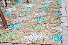 Diamond Painted Outdoor Rug Tutorial #homedecor #painting #howto