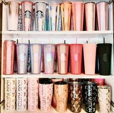 Bebidas Do Starbucks, Copo Starbucks, Starbucks Drinks, Starbucks Coffee, Starbucks Tumbler Cup, Personalized Starbucks Cup, Custom Starbucks Cup, Smoothie Cup, Disney Cups