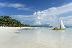 Boracay Beach -Boracay tourist destination in Philippines - Beautiful Island Regions Of The Philippines, Boracay Philippines, Philippines Beaches, Philippines Travel, Philippines Culture, Banaue, Puerto Princesa, Cebu, Beautiful Islands