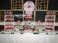 Candy Bar Futbol - Club Atlético Huracán Pelota - Caramelo -Arco - Equipo - Globo Club Atletico Huracan, Monopoly, Ideas, Arch, 60th Birthday Party, Speech Balloon, Candy, Events