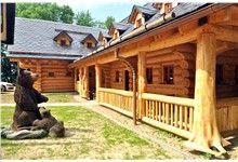 Srub Nový Jičín, realizace SRUBY PACÁK s.r.o. Log Homes, Cabin, House Styles, Outdoor Decor, Home Decor, Timber Homes, Homemade Home Decor, Log Houses, Interior Design