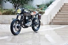 Yamaha SR250 'Saudade' - Tricana - Return of the Cafe Racers