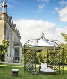 Pavilion Solaire octagonal side 122 (max Ø with 8 round posts Ø 3 H 250 in iron and galvanized steel wire - Unopiù Rooftop Terrace Design, Terrace Building, Terrace Garden, Patio, Backyard, Attached Pergola, Garden Buildings, Flat Roof, Galvanized Steel