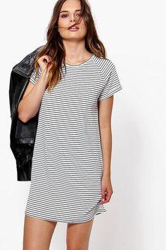 a6ce8c9c968d4 27 Best Clothing images   Day dresses, Body con dress, Dress long