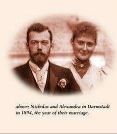 Tsar Nicholas II Alexandrovich Romanov (Nikolai II) (6 May 1868-17 July 1918) Russia   & his wife Alix-Alexandra (Victoria Alix Helena Louise Beatrice) (Alexandra Feodorovna Romanova) (6 Jun 1872-17 July 1918) Hesse, Germany ♥