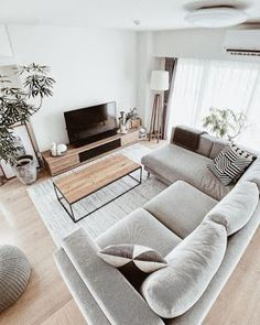 Living Room Decor Grey Couch, Living Room Interior, Home Living Room, Small Space Living Room, Small Apartment Living, Living Room Colors, Small Living, Kitchen Interior, Kitchen Decor