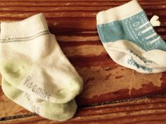 Vitamins green/white socks & Vitamins blue tennis shoe socks