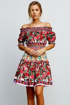 Expected to ship 12th October, 2017 - 16thOctober, 2017 Wear the Wild Flowers off the shoulder dress as the perfect spring statement. With just the right amount of elegance and comfort, this dress can be worn on all occasions. Detailed with puffed sleeves, white stitching and a unique bright European print, this is the dress that says it all. - Bright floral patterned finish - Pullover - Off the shoulder - Relaxed silhouette - Stretch-fit around the waist (elastic) - By StyleKeepers