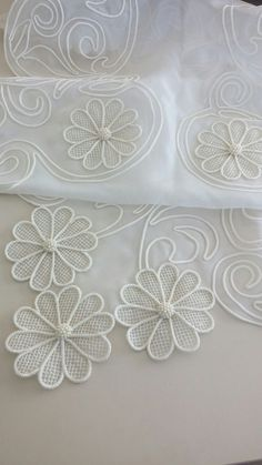 Diy Crafts - This post was discovered by Hül Burlap Flowers, Beaded Flowers, Fabric Flowers, Satin Flowers, Leaf Crafts, Burlap Crafts, Diy Crafts, Hand Embroidery Stitches, Ribbon Embroidery