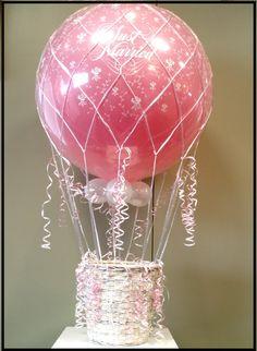 New basket wedding decor hot air balloon Ideas Birthday Party At Home, Ball Birthday Parties, Book Baskets, Baskets On Wall, Balloon Cake, Hot Air Balloon, Ball Decorations, Wedding Decorations, Basket Flower Arrangements